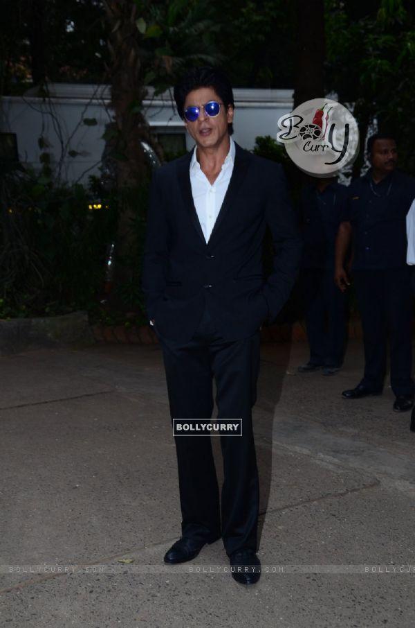 Shah Rukh Khan Snapped at Mehboob