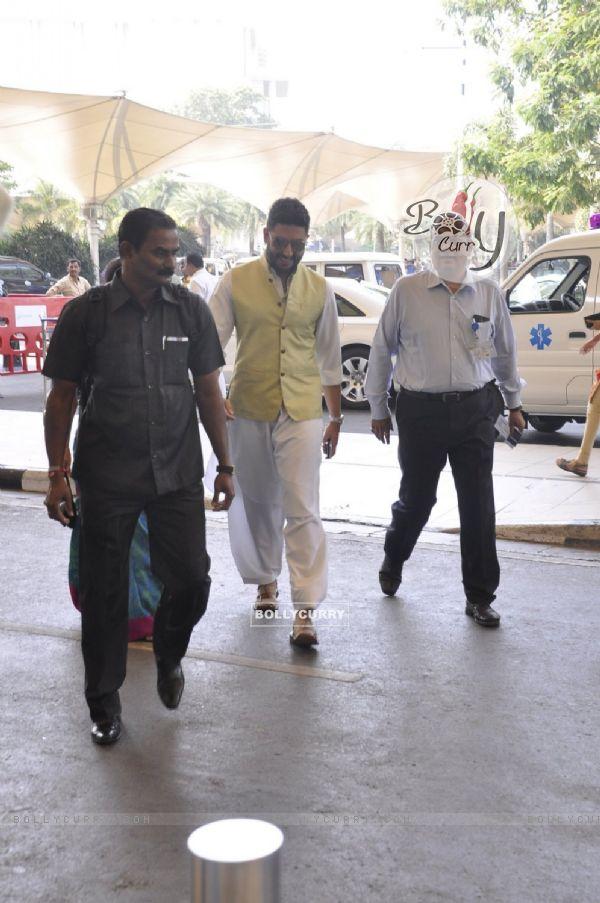 Abhishek Bachchan Snapped at Airport