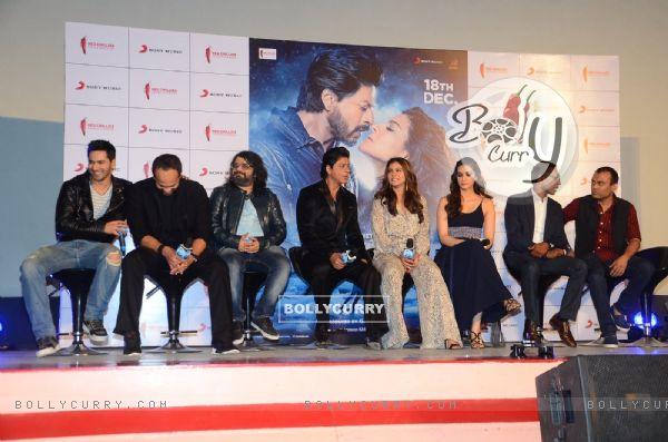 Varun Dhawan, Rohit Shetty, Pritam, SRK, Kajol, Kriti Sanon at Song Launch of 'Dilwale'