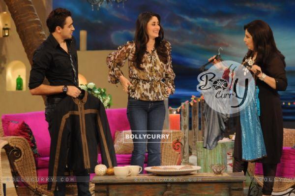 A still image of Kareena,Imraan and Farah