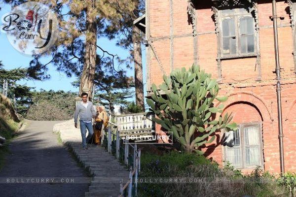 Ranbir's Nostalgic Solitary Strolls in Shimla - Tamasha Diaries (385769)