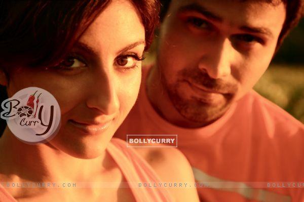 A still image of Emraan Hashmi and Soha Ali Khan (38615)