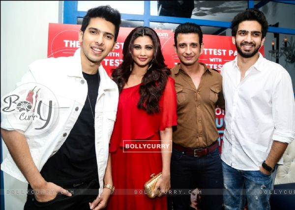Daisy Shah, Sharman Joshi, Armaan and Amaal Mallik at an event (386183)