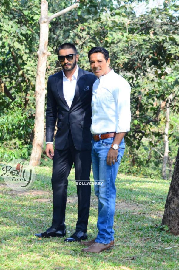 Ranveer Singh and Anup Soni on Crime Patrol Show, for promotions of Bajirao Mastani