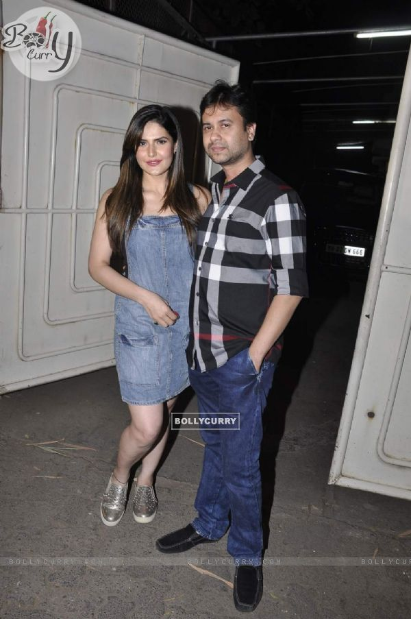 Zarine Khan and Vishal Pandya at Screening of Hate Story 3