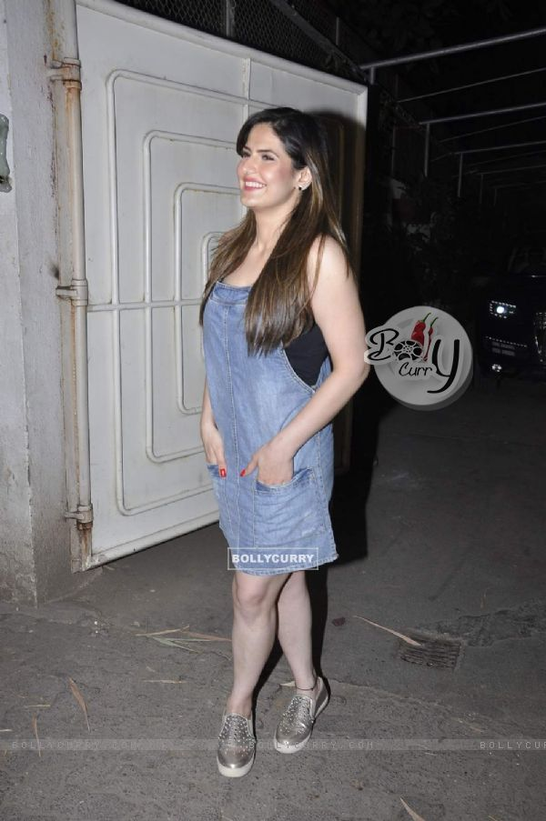 Zarine Khan at Screening of Hate Story 3