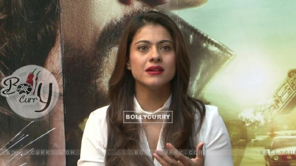 Kajol Snapped During 'Dilwale' Interview (387356)