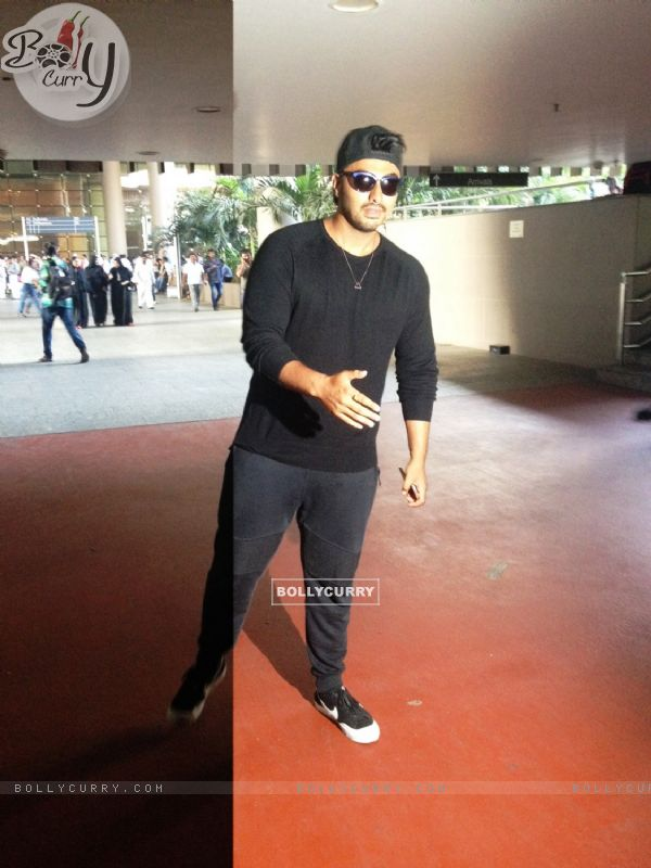 Arjun Kapoor Back from Argentina after shooting for Khatron Ke Khiladi- Kabhi Keeda Kabhi Peeda.