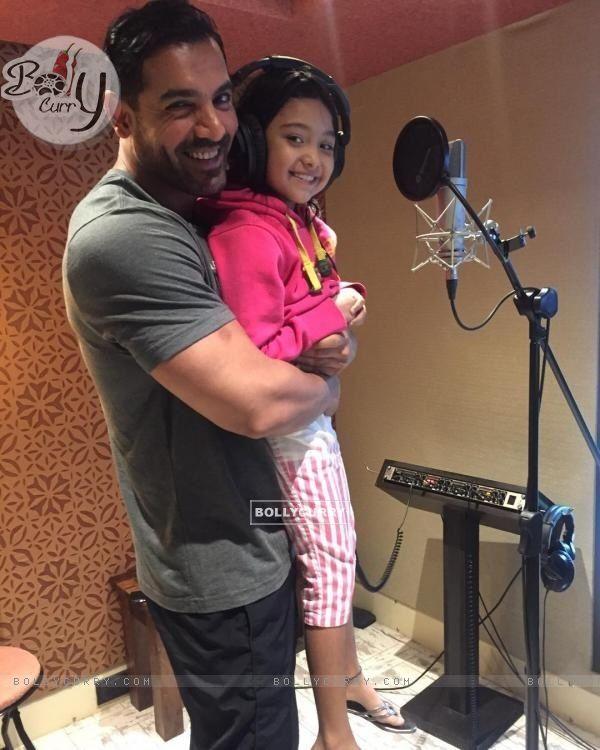 John Abraham Introduces his cute co-star 'Diya Chalwad' of Rocky Handsome