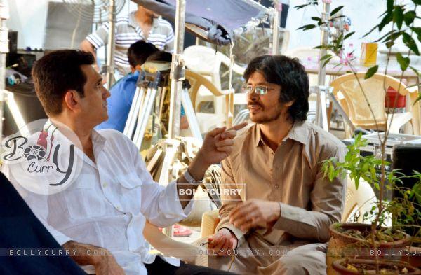 First look of Darshan Kumar as Awais Sheik a Pakistani lawyer of Sarbjit