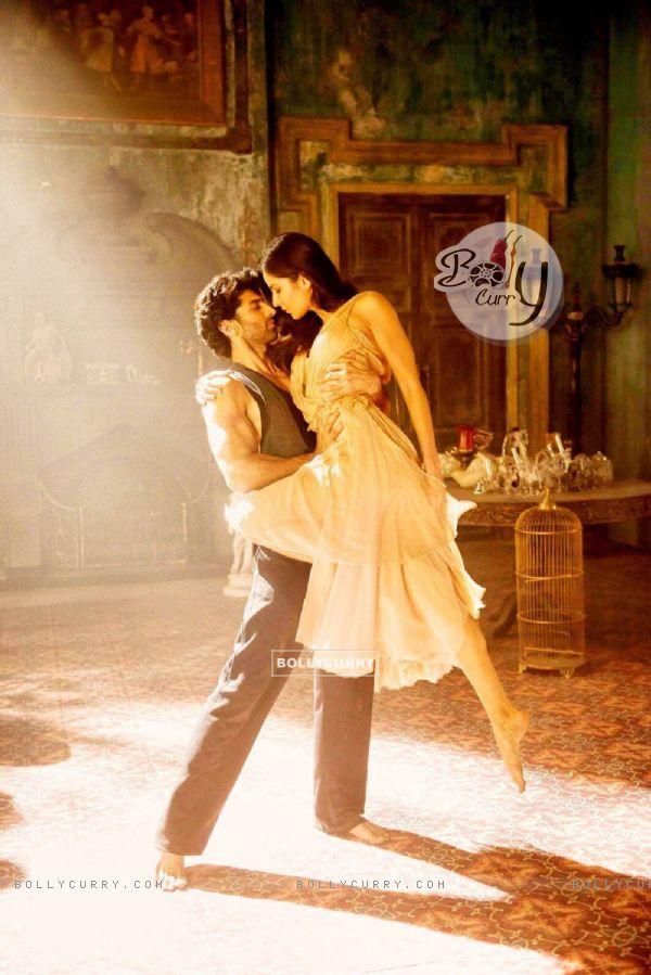 Aditya Roy Kapoor and Katrina Kaif in Fitoor
