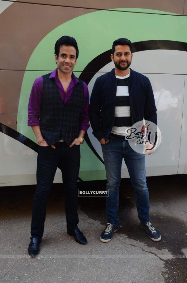 Tusshar Kapoor and Aftab Shivdasani on Locations of Kyaa Kool Hain Hum 3 Sets