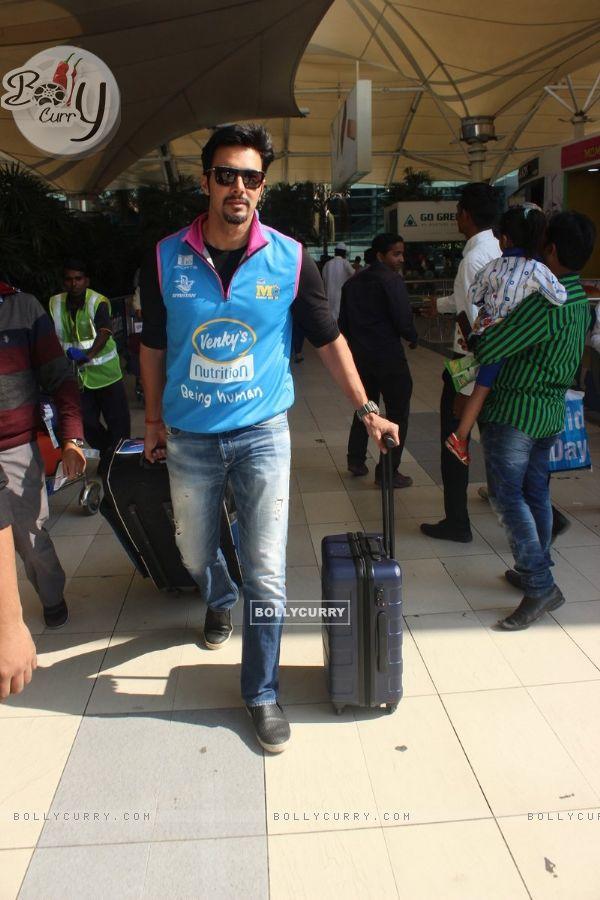 Rajneesh Duggal Snapped at Airport
