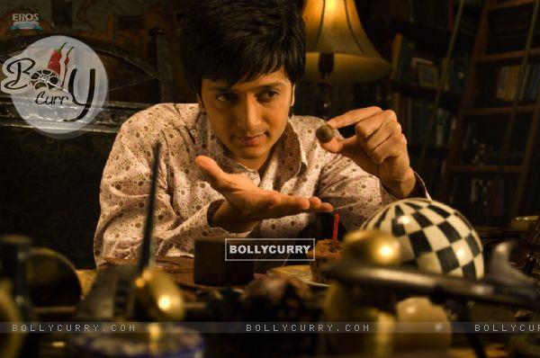 Ritesh Deshmukh doing magic