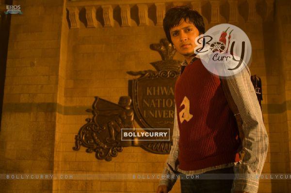 Ritesh Deshmukh looking smart