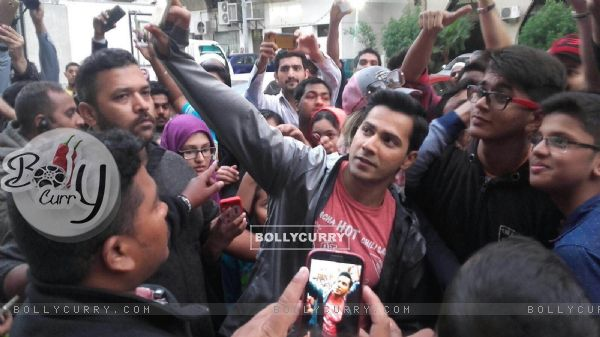 Varun Dhawan gets mobbed in Abu Dabi