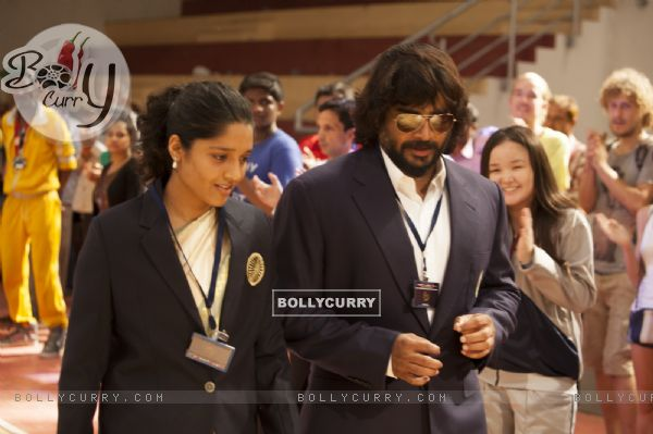 Ritika Singh and R. Madhavan in Saala Khadoos
