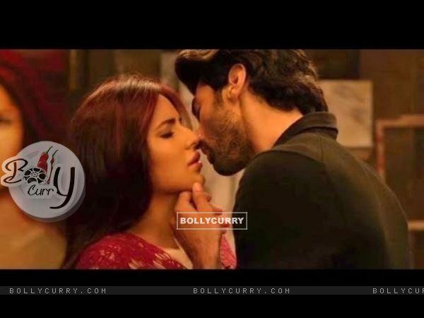 A Still of Aditya Roy Kapoor and Katrina Kaif in Fitoor (395075)