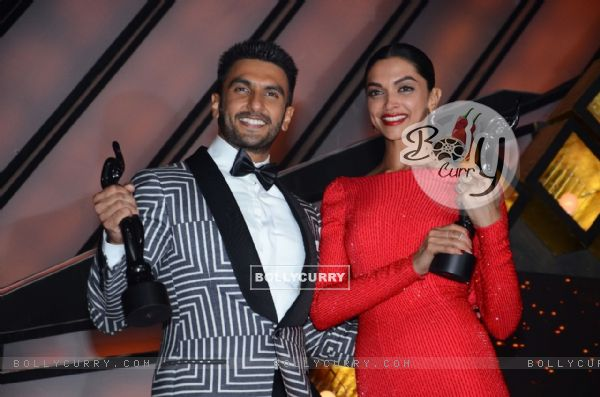 Ranveer Singh and Deepika Padukone at Filmfare