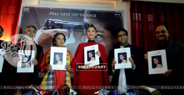 Shabana Azmi, Sonam Kapoor and Ram Madhvani at Promotions of 'Neerja' in Delhi