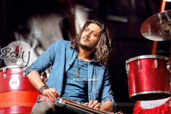 Riteish Deshmukh's First Look in Banjo (396223)