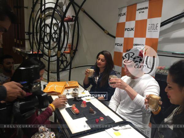 Girish Kumar Having a Coffee Date on Valentine's Day with Winners of FCUK contest. (396240)