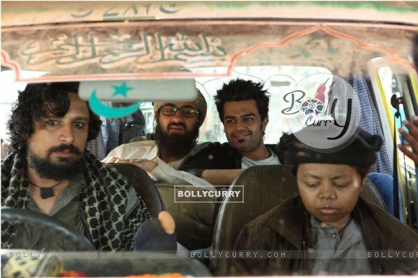 Tere Bin Laden Dead or Alive (396647)