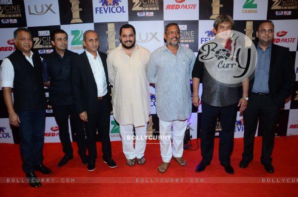 Nana Patekar and Mahesh Manjrekar at Zee Cine Awards 2016