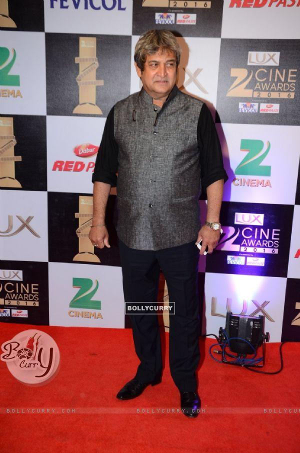 Mahesh Manjrekar at Zee Cine Awards 2016