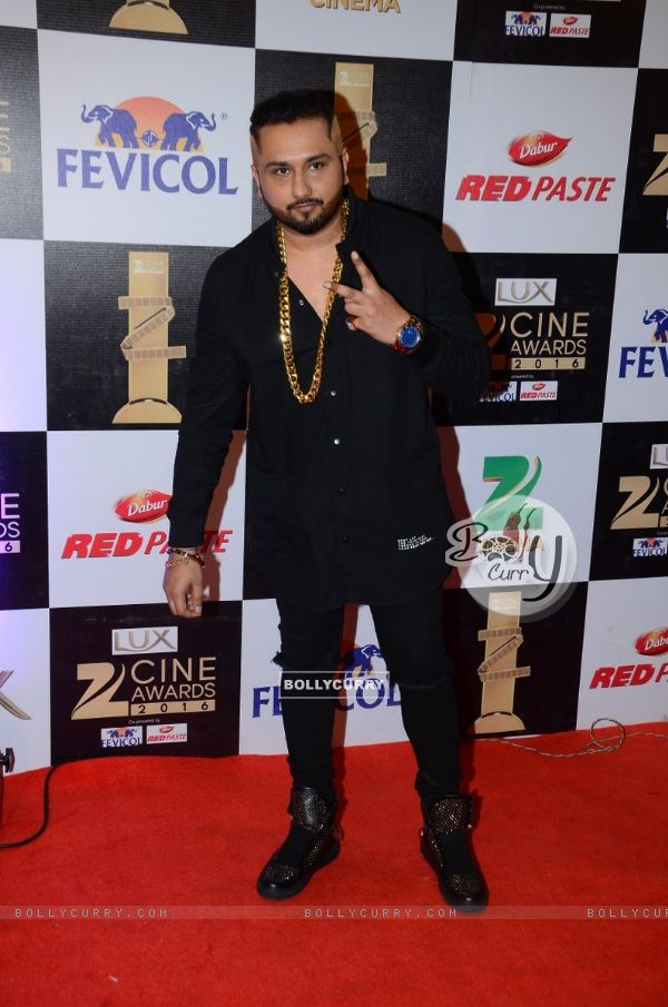 Honey Singh at Zee Cine Awards 2016