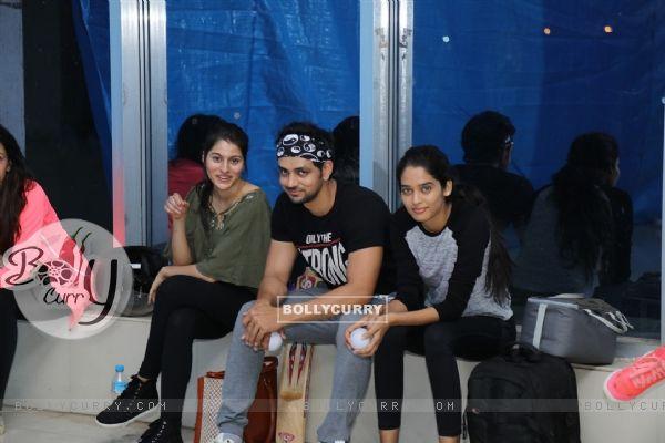 Aparna Dixit, Shakti Arora & Neha Saxena at BCL's Kolkata Babu Moshayes Practice Session