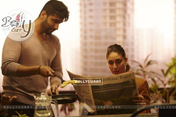 Arjun Kapoor cooks food for Kareena in Ki And Ka (397427)