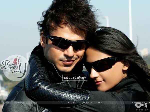 Lovely scene of Vivek and Aruna