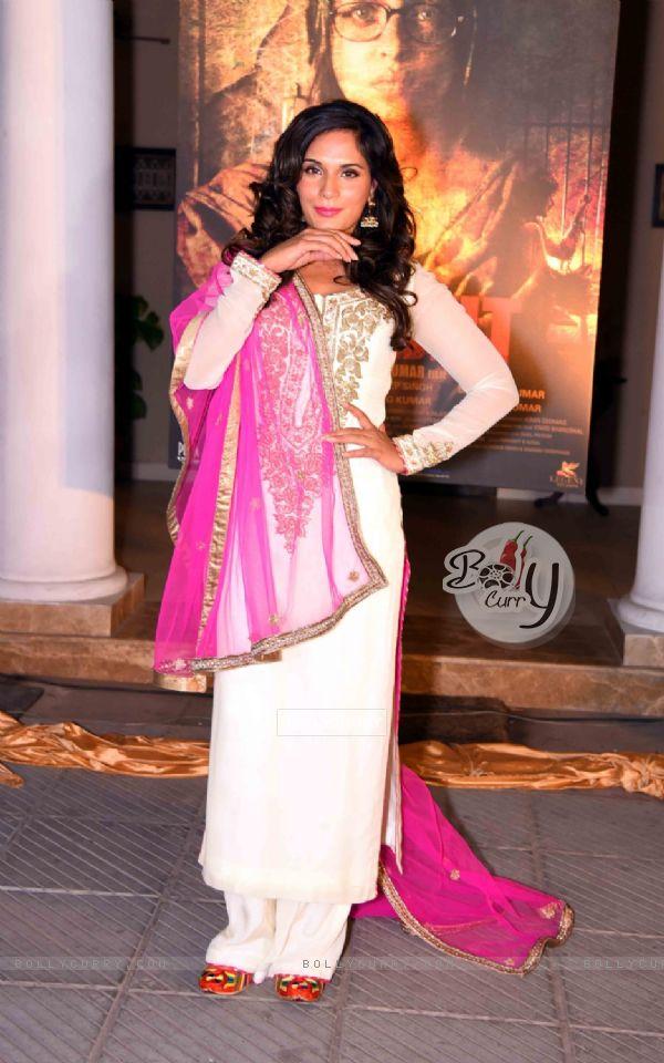 Richa Chadda at Launch of Poster of 'Sarabjit'