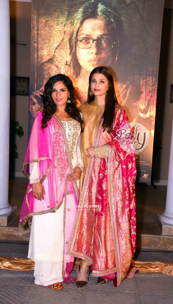 Richa Chadda and Aishwarya Rai Bachchan at Poster Launch of 'Sarabjit'