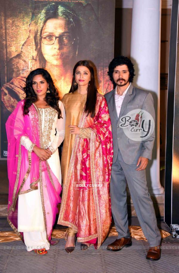 Darshan Kumar, Richa Chadda and Aishwarya Rai Bachchan at Poster Launch of 'Sarabjit'
