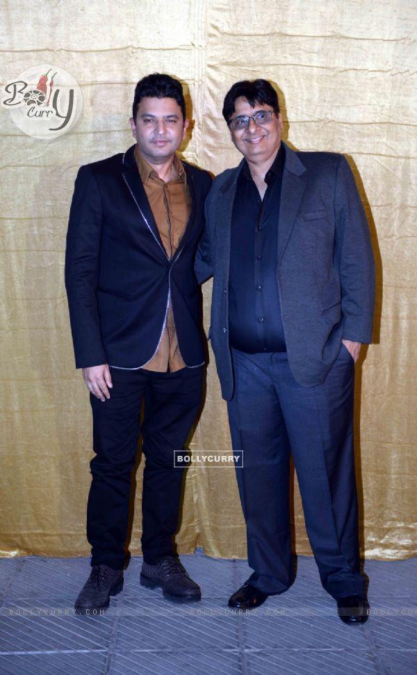 Bhushan Kumar and Vashu Bhagnani at Poster Launch of 'Sarabjit' (398069)