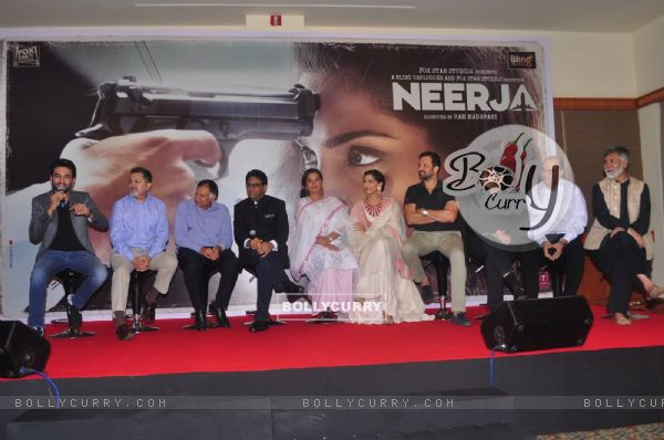 Cast of 'Neerja' with Neerja Bhanot's real brothers at Promotional Event of the film