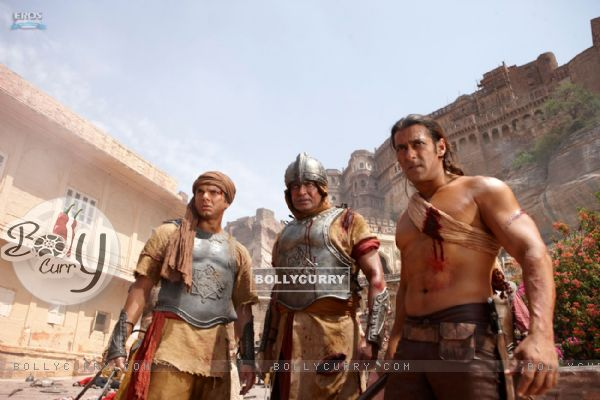 Mithun Chakraborty, Salman and Sohail Khan in Veer movie