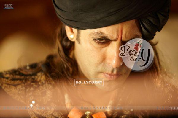 Salman Khan looking angry (39877)