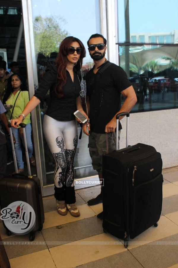 Airport Diaries: Couple Ashmit Patel and Mahek Chahal