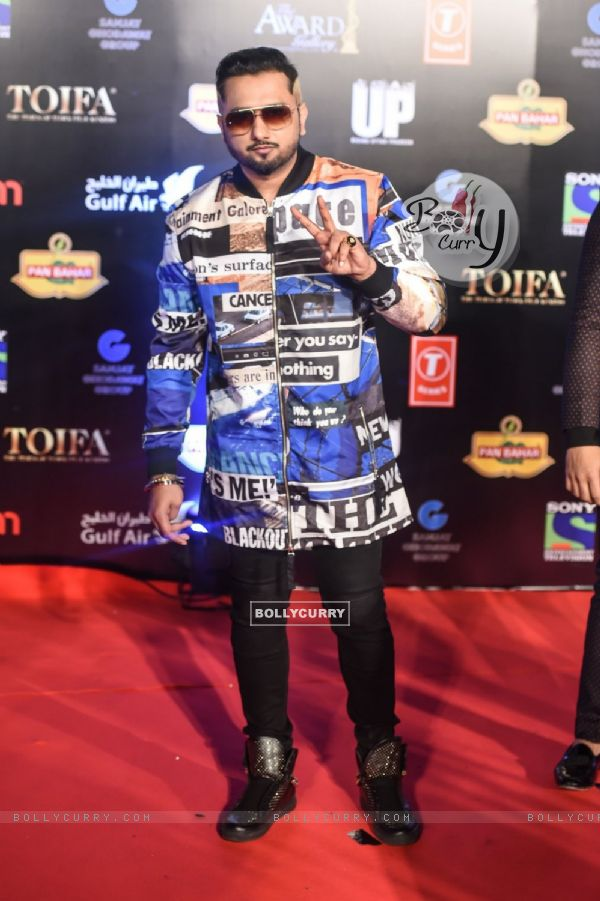 Honey Singh at TOIFA 2016