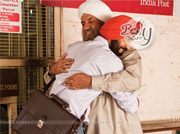 Ranbir Kapoor hugging Prem Chopra