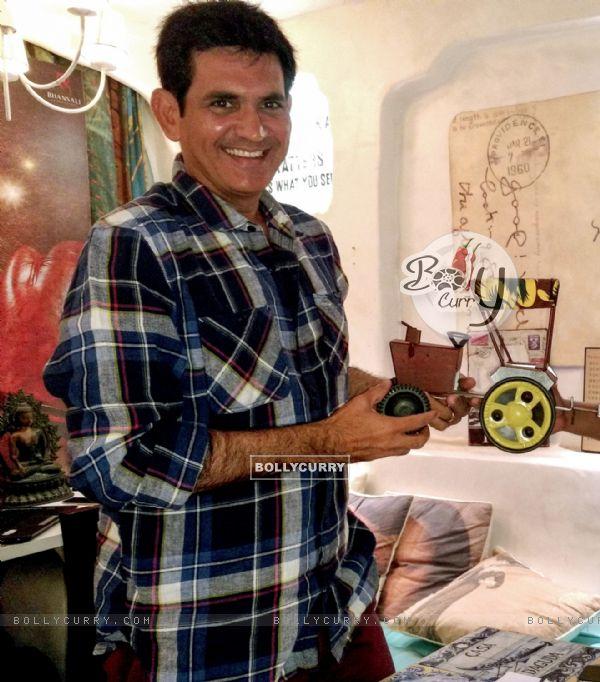 Richa Chadda's gift for Omung Kumar