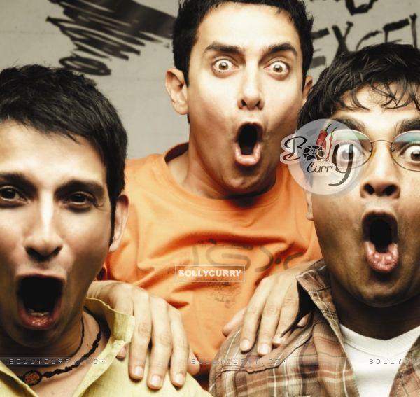 Still image of Sharman Joshi, Aamir Khan and R Madhavan (40221)