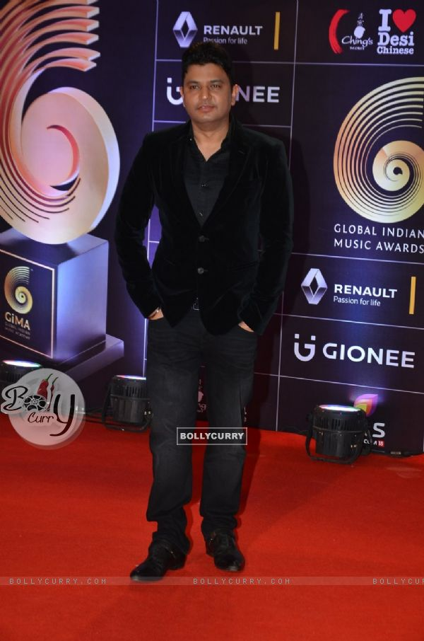 Bhushan Kumar at COLORS GiMA AWARDS 2016