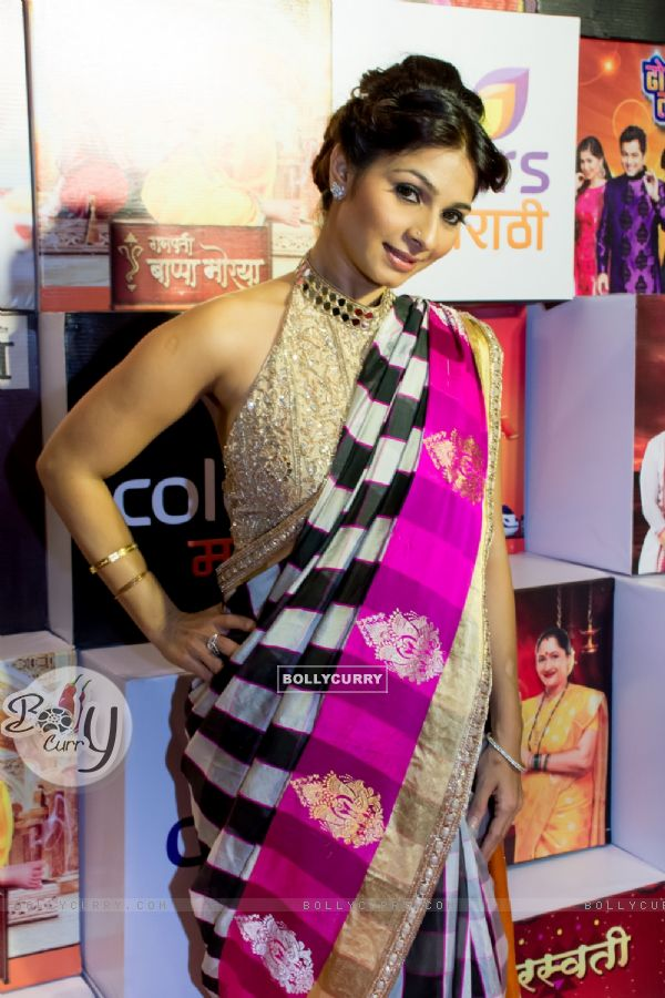 Tanishaa Mukerji at Colors Marathi Awards