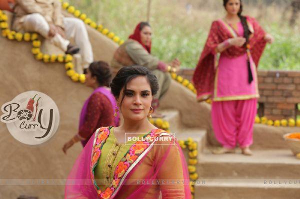 Richa Chadda turns photographer for Sarabjit