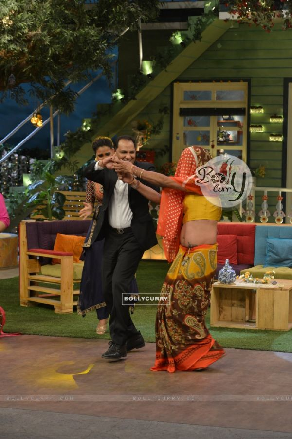 The M. Azharuddin dance with Sunil Grover during Promotions of 'Azhar' on 'The Kapil Sharma Show'