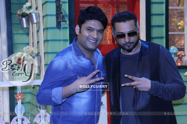 Honey Singh and Kapil Sharma on The Kapil Sharma Show